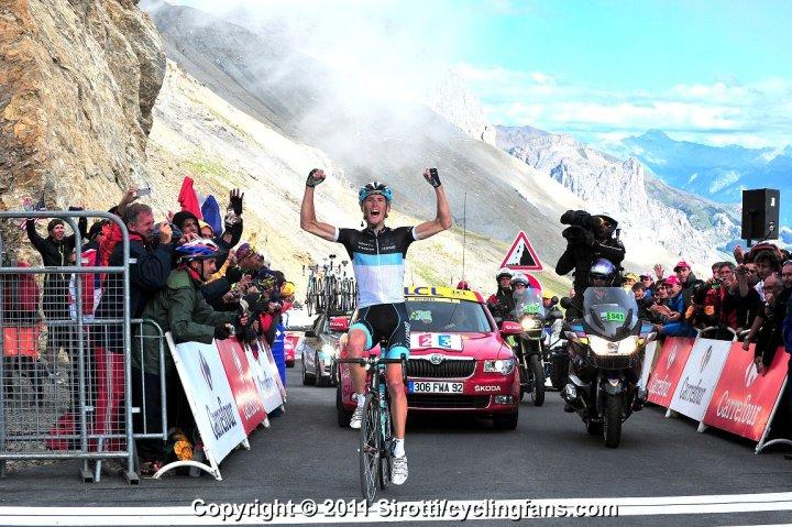2011_tour_de_france_stage18_galibier_andy_schleck_leopard_trek_wins2