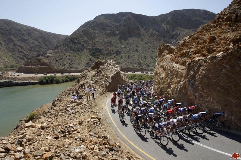 oman-cycling-tour-of-oman-2010-2-16-10-41-51