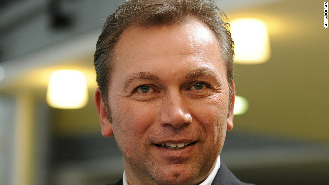 121012043443-cycling-johan-bruyneel-tour-de-france-radioshack-story-top
