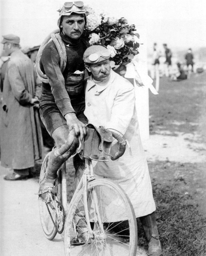 François-Faber-à-larrivée-de-Paris-Roubaix.