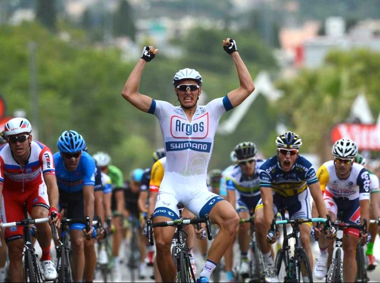 Marcel-Kittel-wins-stage1-corsica-TDF-2013-copy