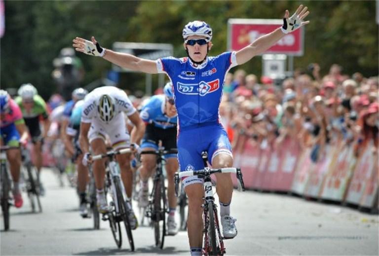 arnaud-demare-wint-tweede-etappe-in-eneco-tour-id4782104-1000x800-n