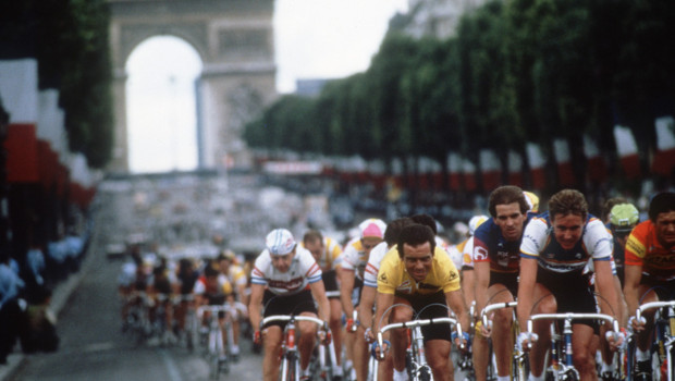 tour-de-france-champs-elysees-1985-10792443zrvpl_1713
