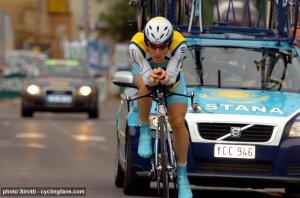 2008_dauphine_libere_levi_leipheimer_astana_wins_prologue_avignon