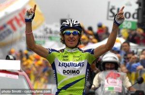 2009_giro_d_italia_franco_pellizotti_liquigas_wins_stage17_blockhaus