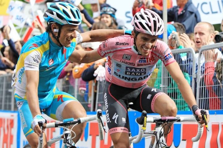 Daniele Badolato - LaPresse 27 05 2011 Macugnaga sport Giro d'Italia Diciannovesima tappa nella foto: Paolo Tiralongo , Alberto Contador Daniele Badolato - LaPresse 27 05 2011 Macugnaga Giro d'Italia Nineteenth stage in the photo: Paolo Tiralongo , Alberto Contador
