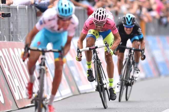 Aru-Contador-and-Porte-659x440
