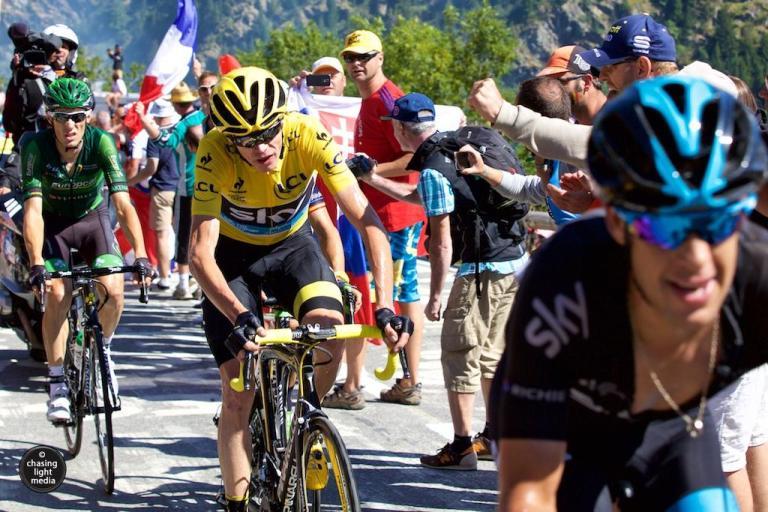 Froome battle up Alpe d'Huez