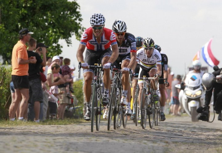 The group royale on the 2010 Cobbles
