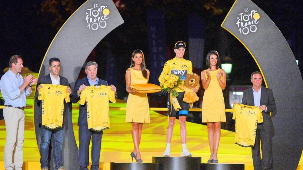 1-Chris-Froome-Miguel-Indurain-Eddy-Merckx-Bernard-Hinault-yellow-jersey-2013-Tour-de-France-podium-pic-Sirotti-1.jpg